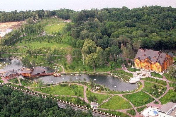 Бывшая резиденция Януковича
